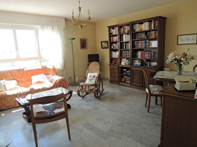 Appartement Nimes 3 pi�ce(s) 70.42 m2