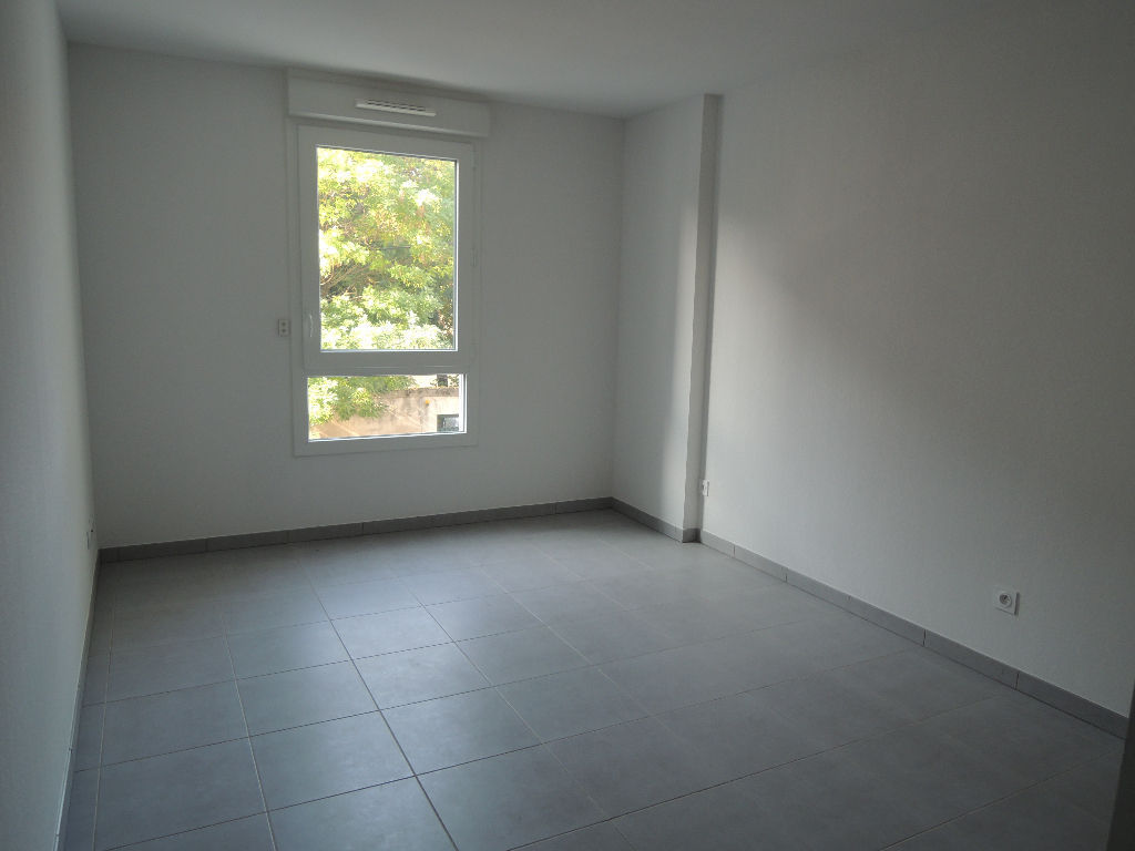 appartement-nimes-3-piece-s-71-55-m2