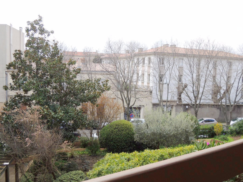 appartement-nimes-2-piece-s-46-m2