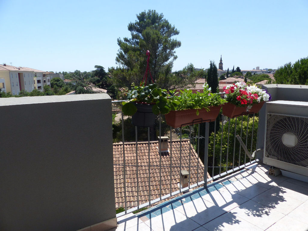 appartement-nimes-4-piece-s-80-25-m2