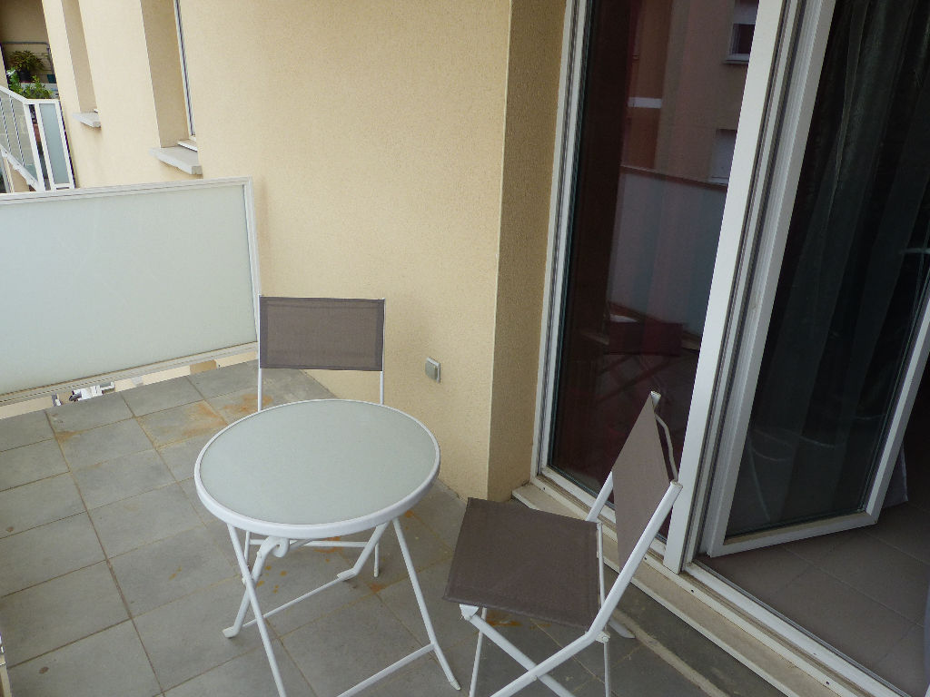 appartement-nimes-2-piece-s-48-75-m2