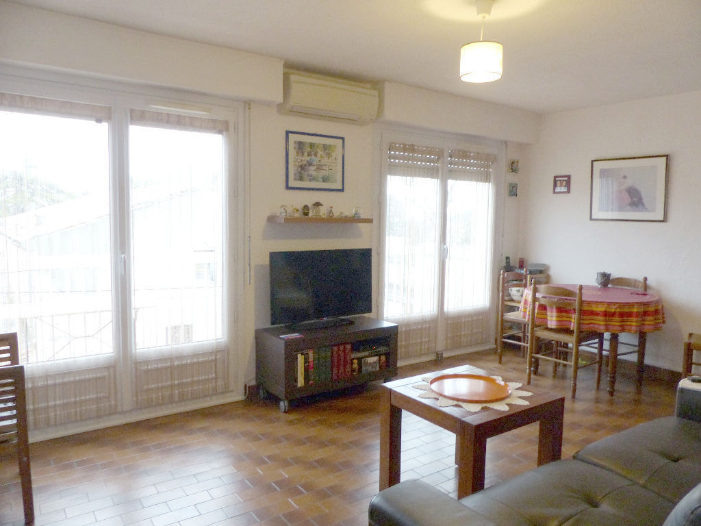 appartement-nimes-2-piece-s-51-28-m2
