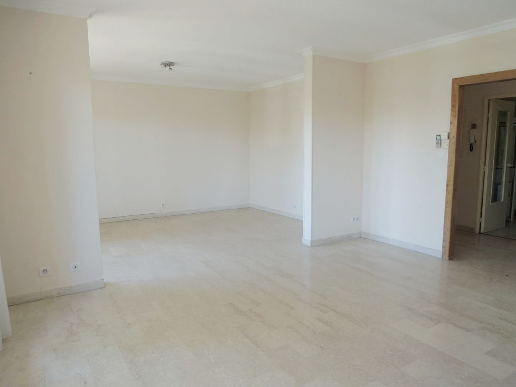 appartement-nimes-3-piece-s-95-m2