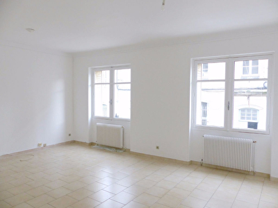 Appartement Nimes 3 pi�ce(s) 61.26 m2