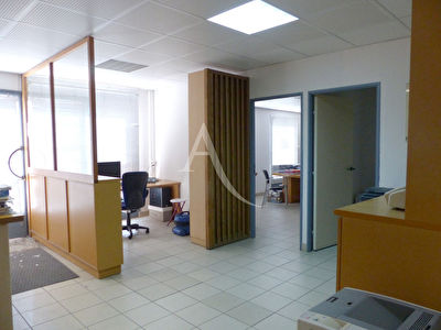 Local commercial Nimes 190 m2